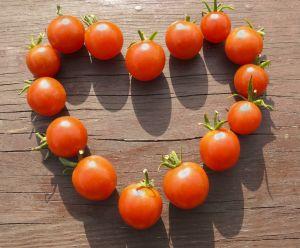 the-natural-kitchen-tomato-love